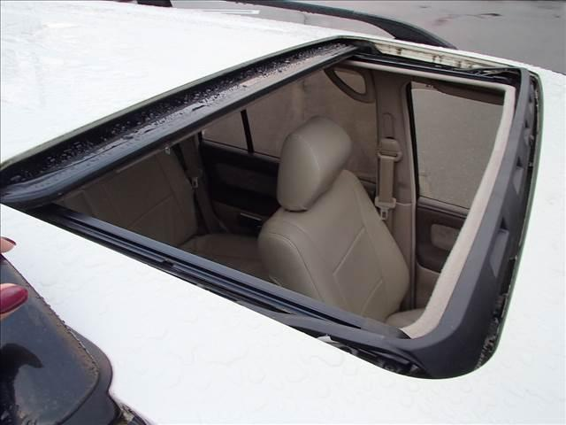 VXリミテッド 1ナンバー登録車 サンルーフ ベッドキット(11枚目)