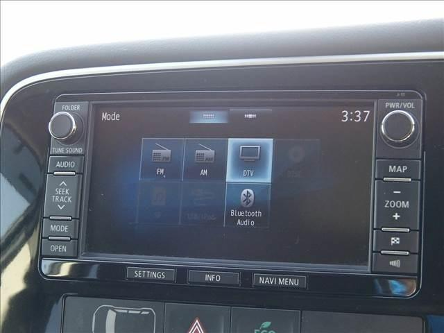 24Gナビパッケージ 4WD 軽減ブレーキ レーダークルーズ フルセグナビ フリップダウンM サイド&バックカメラ ETC パワーバックドア HIDオートライト プッシュスタート ブルートゥース(24枚目)