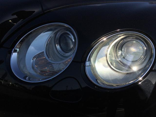 ベントレー ベントレー コンチネンタル GT レッドインテリア 純正HDDナビ 純正20AW