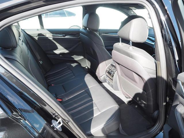 530i Mスポーツ デモカー 液晶メーター 認定中古車(10枚目)