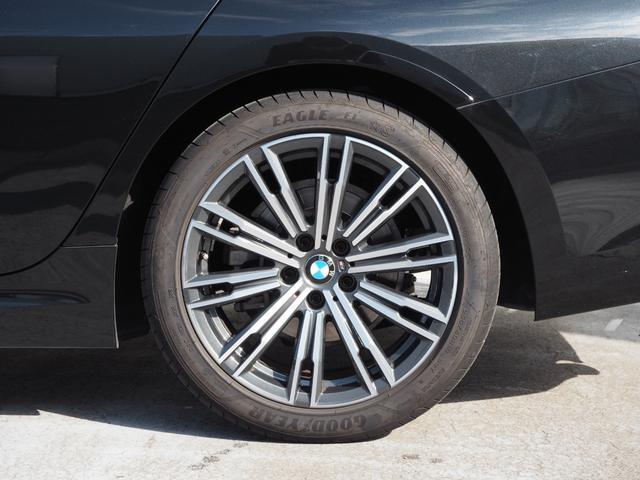 320i Mスポーツ 認定中古車 ワンオーナー コンフォートPKG パーキングアシストプラス ヘッドアップディスプレイ 前後ドライブレコーダー ジャスチャーコントロール(9枚目)