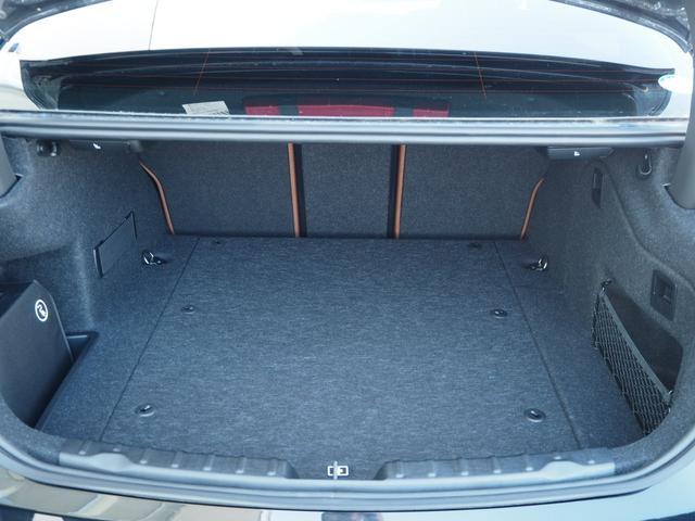 330eラグジュアリーアイパフォーマンス ワンオーナー 認定中古車 サドルブラウンレザー レーンチェンジワーニング ストレージパッケージ アクティブクルーズコントロール リアビューカメラ コンフォートアクセス シートヒーティング(23枚目)