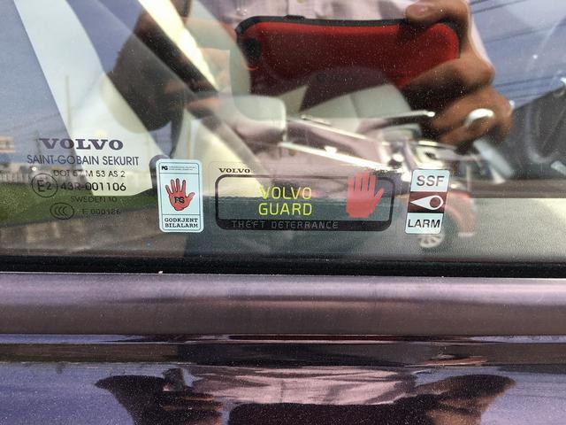 ボルボ ボルボ V50 2.5T SE Rデザインパッケージ 24ヶ月走行無制限保証