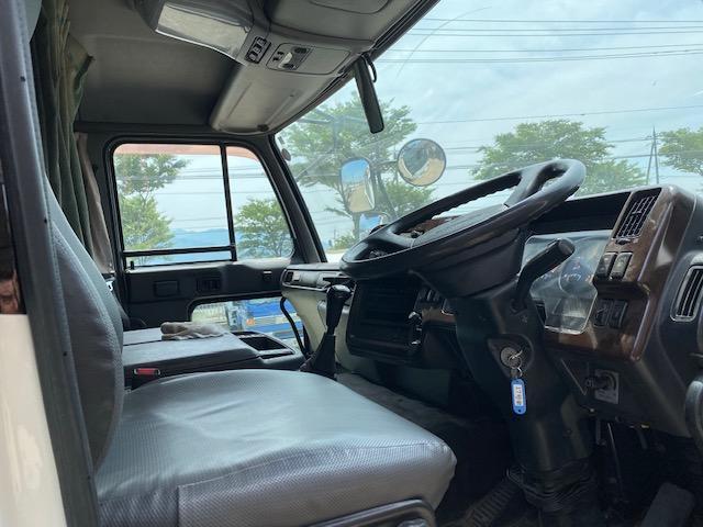 「その他」「UDトラックス」「トラック」「福井県」の中古車8