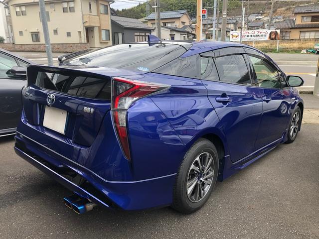 「トヨタ」「プリウス」「セダン」「福井県」の中古車6