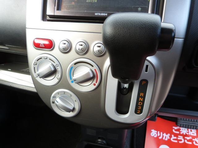 インパネシフトの4AT車