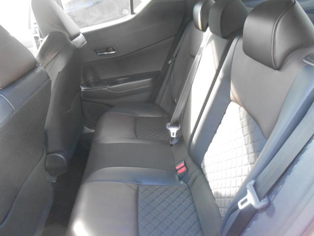 「トヨタ」「C-HR」「SUV・クロカン」「福井県」の中古車12