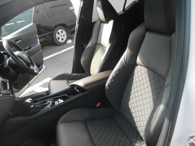 「トヨタ」「C-HR」「SUV・クロカン」「福井県」の中古車13
