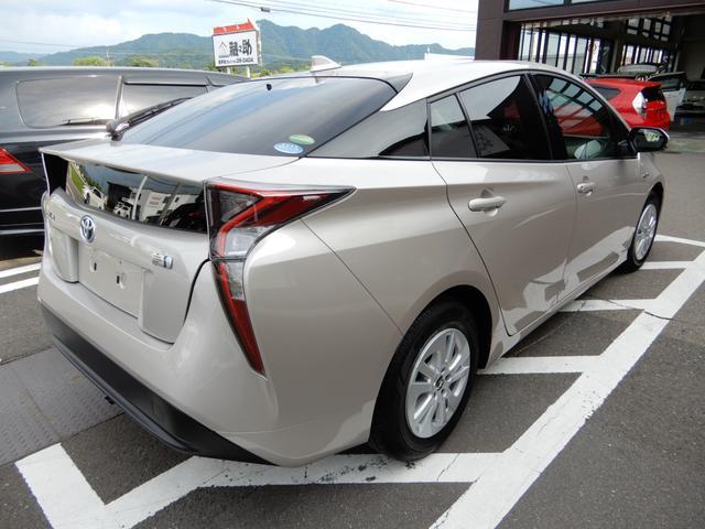 トヨタ プリウス セーフティセンスP ドライブサポートイルミネーション