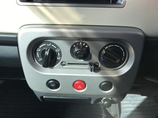 X 軽自動車 シルキーシルバーメタリック AT AC AW(12枚目)