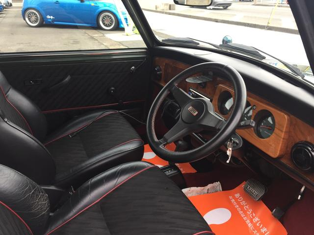 ローバー ローバー MINI 1.3 AUTO BSCC-LTD風のボディキット 13AW