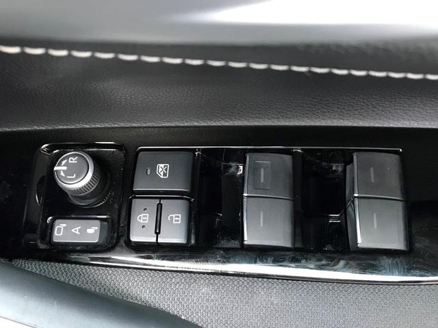 S ディスプレイオーディオ バックモニター 全席オートパワーウィンド オート格納ドアミラー 付き(12枚目)