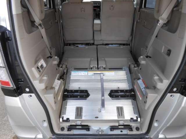 G 福祉車両 車いす仕様車 スロープ アイドリングストップ(7枚目)