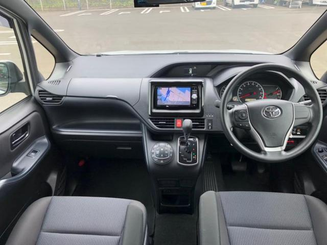X 修復歴無 横滑り防止装置 エアバッグ 運転席 エアバッグ 助手席 EBD付ABS ヘッドランプ LED アイドリングストップ パワーウインドウ キーレス パワーステアリング(4枚目)