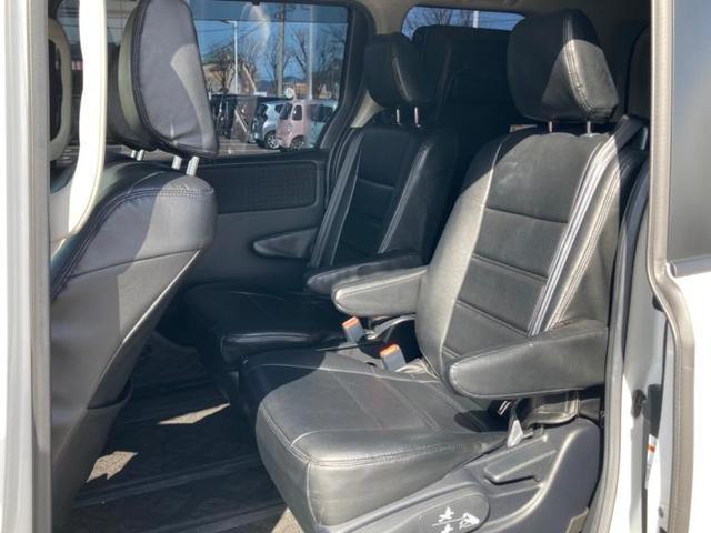 ハイブリッドV 社外 10インチ メモリーナビ/フリップダウンモニター 社外 11.4インチ/ヘッドランプ HID/ETC/EBD付ABS/横滑り防止装置/アイドリングストップ/エアバッグ 運転席 両側電動スライド(6枚目)