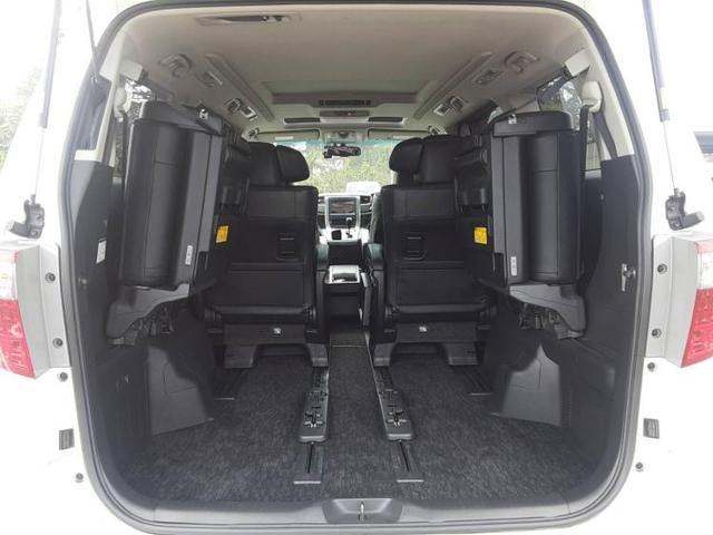 350S Cパッケージ 純正 8インチ HDDナビ/フリップダウンモニター 純正 10.2インチ/サンルーフ/両側電動スライドドア/シート フルレザー/電動バックドア/ヘッドランプ HID/ETC/EBD付ABS 革シート(8枚目)