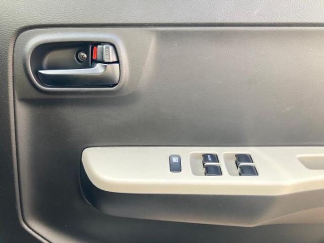 4WD GL EBD付ABS/横滑り防止装置/アイドリングストップ/エアバッグ 運転席/エアバッグ 助手席/パワーウインドウ/キーレスエントリー/シートヒーター 前席/パワーステアリング/4WD/マニュアルエアコン(10枚目)