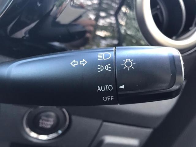 Jスタイル2 全方位モニター/HIDヘッドライト/運転席シートヒーター/スマートキー/オートエアコン ハーフレザー レーンアシスト 盗難防止装置 アイドリングストップ オートライト(13枚目)