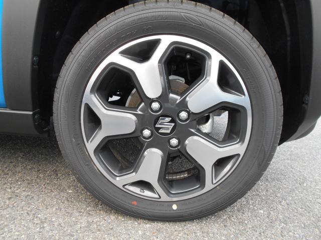 ハイブリッドX LEDヘッドライト シートヒーター 全方位モニター付き プッシュスタート 届出済未使用車(17枚目)