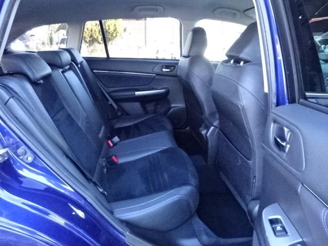 2.0GT-Sアイサイト 4WD ADセイフティPKG SDナビ フルセグTV Bカメラ サイドカメラ ETC車載器 電動シート オートライト オートハイビーム リアビークルディテクション デイライト(12枚目)