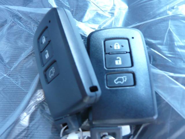 プレミアム アドバンスドパッケージ 4WD ナビTV バックカメラ 全周囲カメラ モデリスタエアロ 革シート パワーシート オートクルーズ コーナーポール レーンアシスト オートマチックハイビーム オートライト パワーバックドア(37枚目)