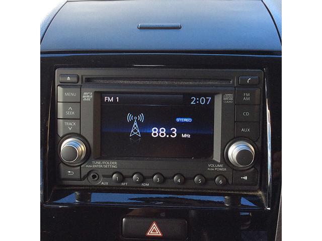 XS 4WD インパネCVT 片側電動スライドドア アルミ HIDライト 盗難防止装置 ABS シートヒーター プッシュスタート CDオーディオ バックカメラ オートエアコン(10枚目)
