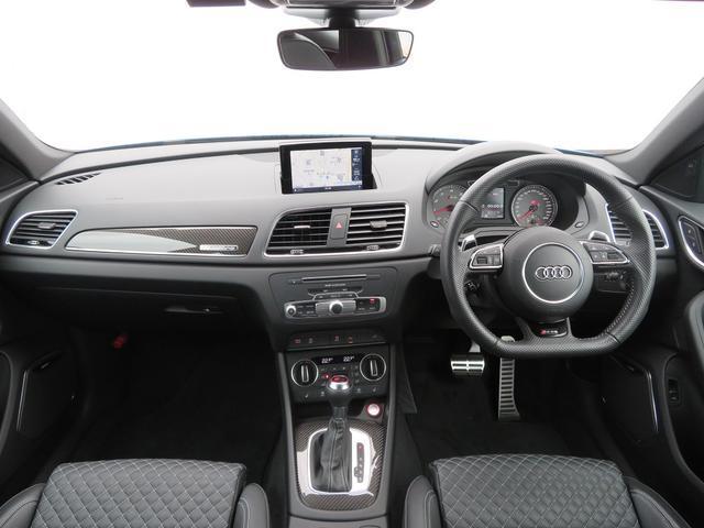 アウディ アウディ RS Q3 認定中古車 ファインナッパレザー オートテールゲート