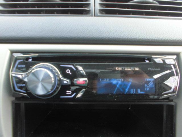 使いやすいCD付です楽しいドライブのお供にいいですね!好きな音楽を聴きながらのドライブは楽しいですよね!ご要望があればナビの販売からお取付けもいたします!持ち込みもOKです!なんなりと