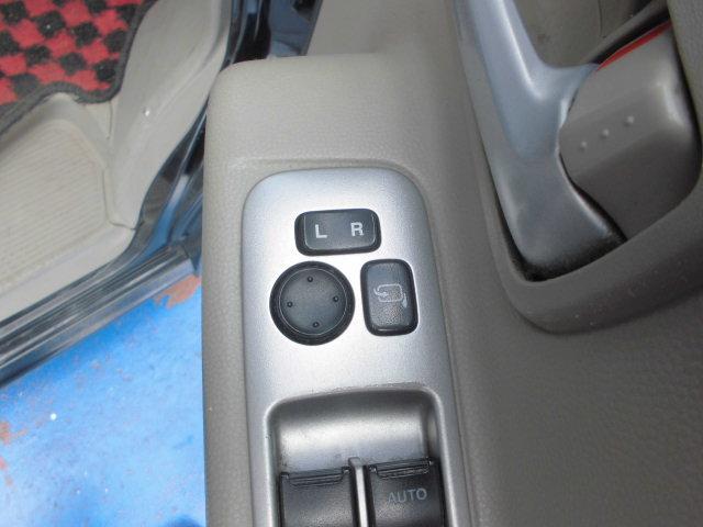 PZターボスペシャル 公認エアサス社外16インチアルミホイールHDDナビワンオーナー地デジ両側電動スライドドアABSフルフラットシートHIDヘッドライトフルエアロWエアバッグキーレス電動格納ミラーベンチシートオートステップ(16枚目)