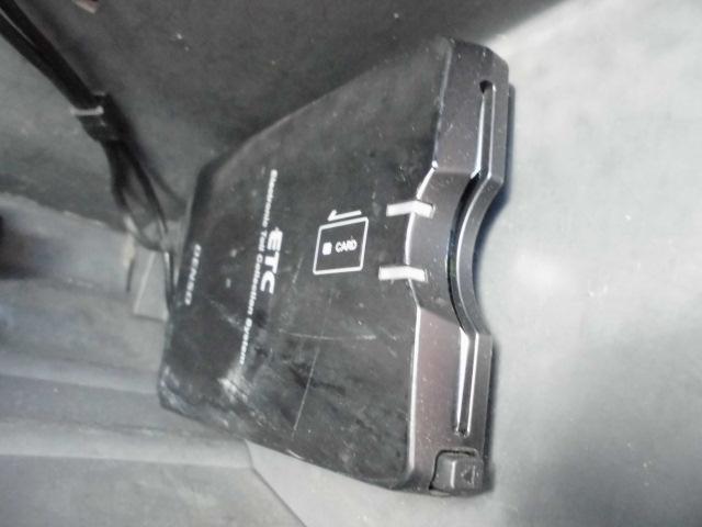ターボ MOMOステアリングETC社外14インチアルミホイール社外フルエアロCDフル装備ETCサイドバイザー電動格納ミラーWエアバッグ(32枚目)