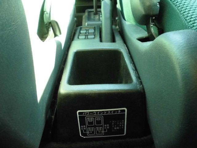 ターボ MOMOステアリングETC社外14インチアルミホイール社外フルエアロCDフル装備ETCサイドバイザー電動格納ミラーWエアバッグ(34枚目)
