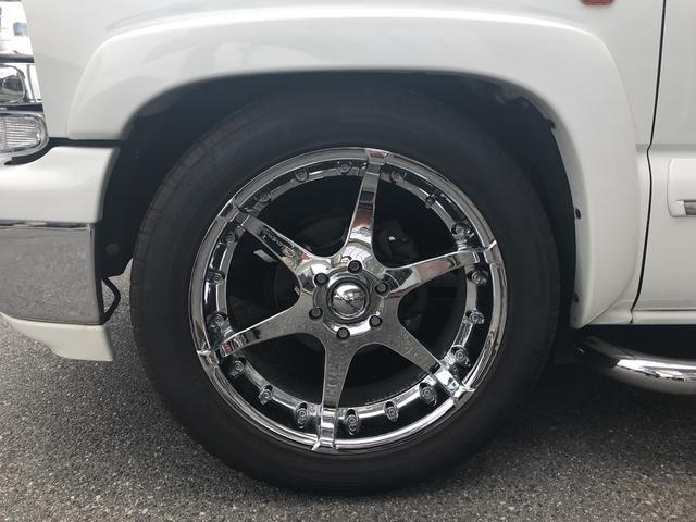 LT V8  4WD 本革パワーシート 中古並行輸入車(9枚目)