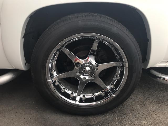 LT V8  4WD 本革パワーシート 中古並行輸入車(17枚目)