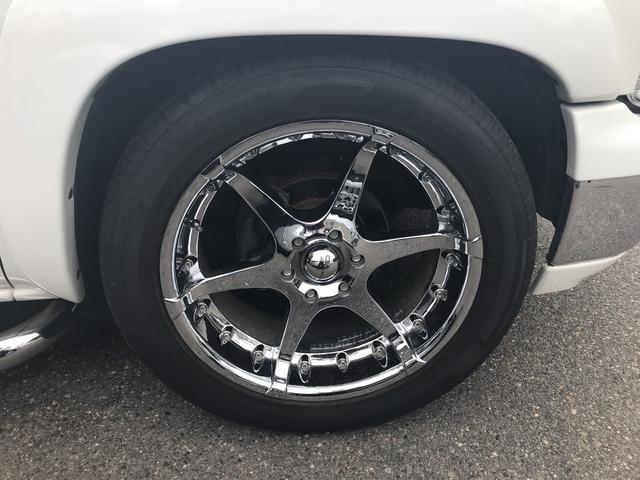 LT V8  4WD 本革パワーシート 中古並行輸入車(18枚目)