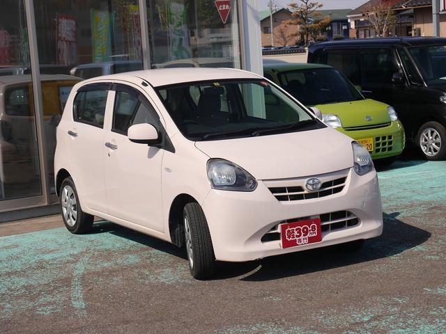 Xf 4WD CDデッキ エコアイドル キーレス(6枚目)