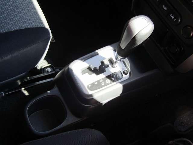 ■ヒートミラースイッチ&トランスファー切り替えスイッチ! マニュアルエアコン