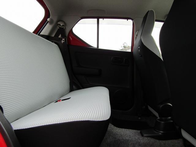 L 4WD CDデッキ キーレス レベライザー シートヒーター アイドリングストップ 横滑り防止 エアバッグ(11枚目)
