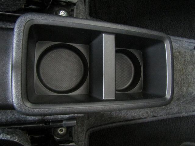 L 4WD CDデッキ キーレス レベライザー シートヒーター アイドリングストップ 横滑り防止 エアバッグ(17枚目)