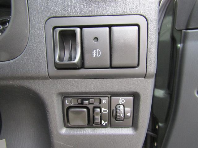 ランドベンチャー 4WD 社外ナビ TV ドライブレコーダー ステアリングスイッチ ハーフレザーシート シートヒーター フォグ 背面スペアタイヤ ETC(19枚目)