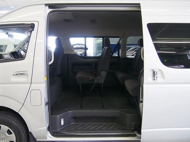 トヨタ ハイエースワゴン グランドキャビン4WD SDナビ パワスラ HID Bカメラ