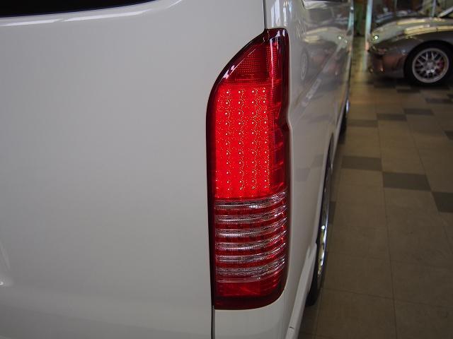 トヨタ ハイエースワゴン GL 4WD HDD ファブレス19インチ パワスラ LSD