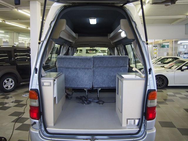 東和モータース製フェネック FFヒーター DC冷蔵庫 4WD(11枚目)