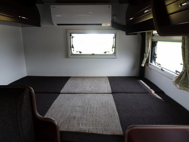 ベースグレード ナッツRV クレソンX 4WD FFヒーター マックスファン 給排水ポリタンク各20L 冷蔵庫 ツインサブバッテリー 外部充電 走行充電 FFヒーター リアクーラー Bカメラ ワンオーナー ETC(39枚目)