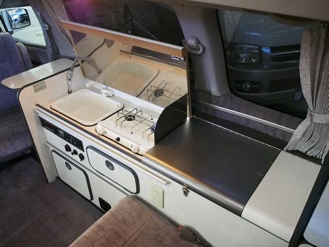 ポップアップルーフ 4WD FFヒーター 冷蔵庫 走行充電(8枚目)