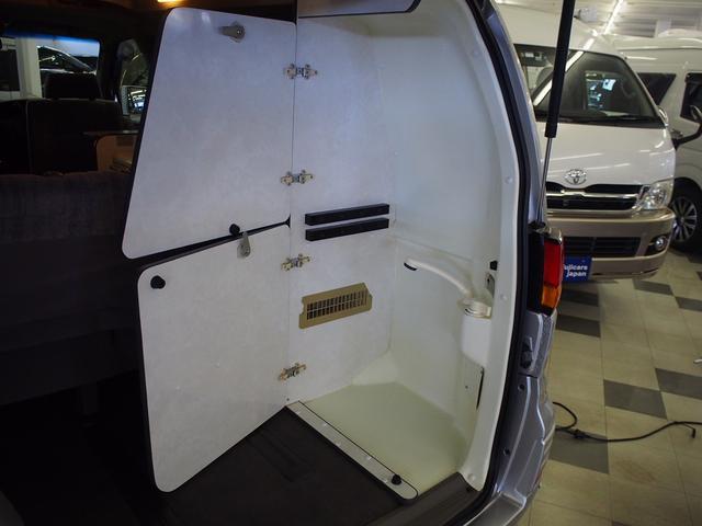 ポップアップルーフ 4WD FFヒーター 冷蔵庫 走行充電(11枚目)