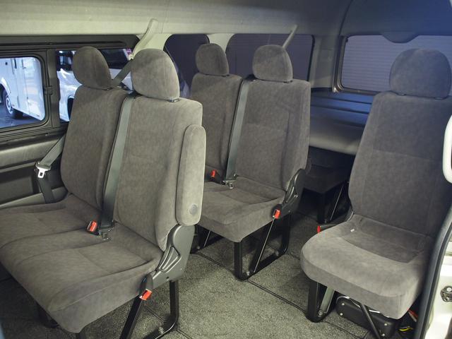 Gキャビン 4WD ベッドキット 天吊モニター パワスラ(3枚目)