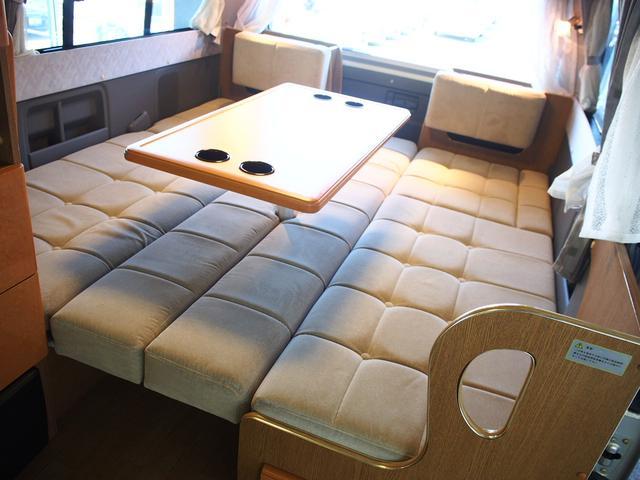 レクビィ フリークス 4WD FFヒーター DC冷蔵庫(4枚目)