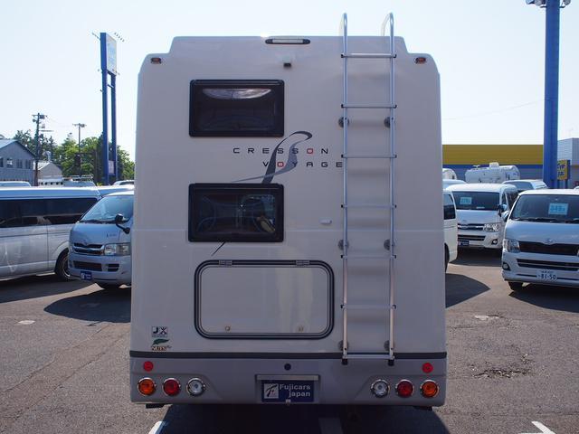 ナッツRV クレソンボヤージュW 4WD FFヒーター 冷蔵庫 ツインサブバッテリー 外部充電器 走行充電 マックスファン シャワーフォーセット付きシンク 給排水ポリタンク各20L Bカメラ ETC(22枚目)