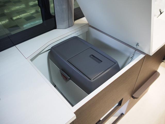 ☆旅先などでとても便利な14Lの冷蔵庫付きです♪