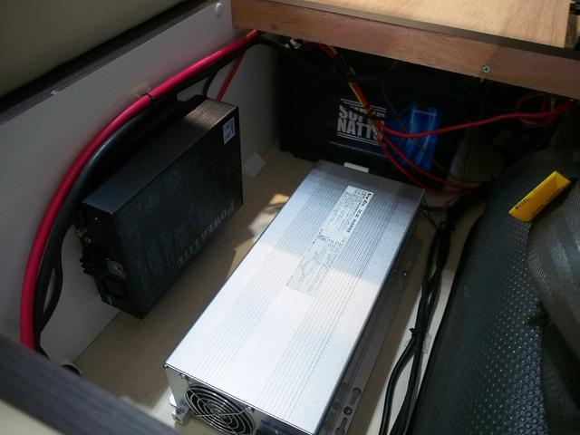 ☆1500Wのインバーター・ツインバッテリー♪